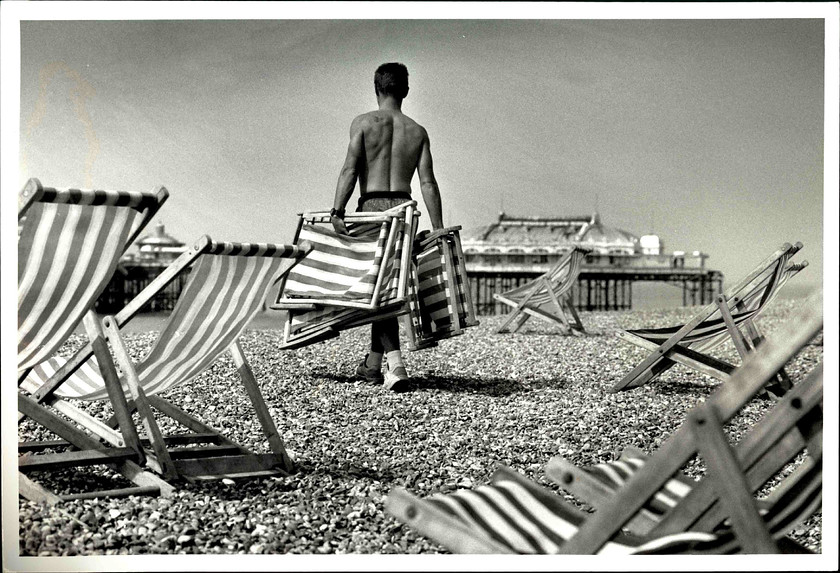 00033 